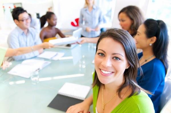 feliz-no-trabalho, mulheres-no-trabalho, mulheres-carreiras