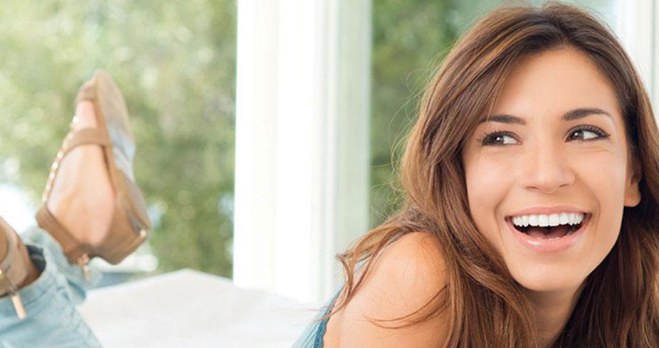 ESTÉTICA-DENTÁRIA-clinicas-dentarias-clinicas-em-caldas-da-rainha-implantes-dentariosproteses-dentarias-branqueamento-preço-branqueamento-braqueamento-leiria-dentes-brancos-piercing-nos-dentes